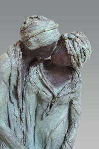 De kus, Kieta Nuij beelden in brons