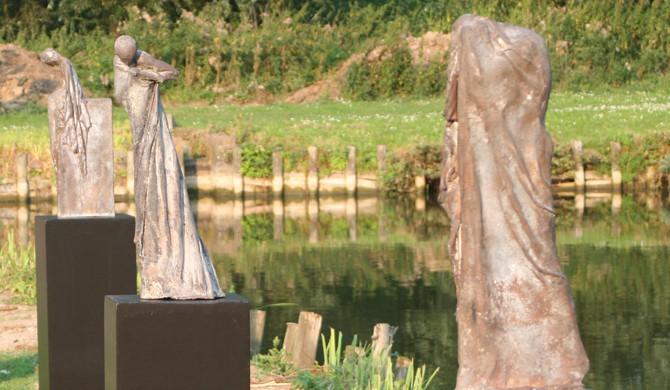 Kieta Nuij bronzen beelden