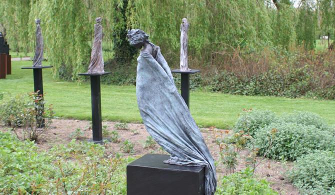 Kieta Nuij beelden in brons