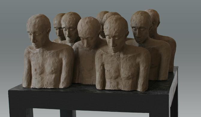 'Here, not there 2', Kieta Nuij, beelden in brons