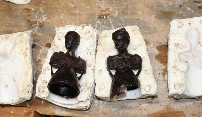 'Couple', Kieta Nuij, beelden in brons