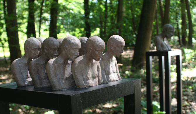 Bronzen beelden van Kieta Nuij bij Artwalk Ciro, 2016